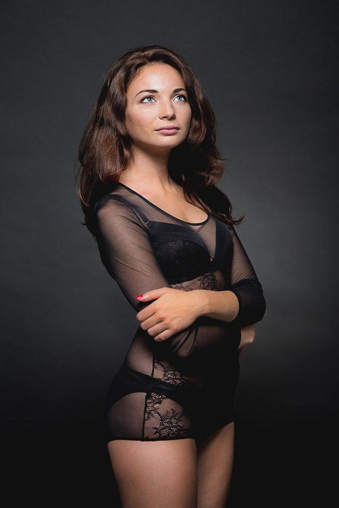Fotosesija studijoje  2015  asmeninė fotosesija  girl  long hair  mergina  studija  vilnius  woman  by RANDOM.LT