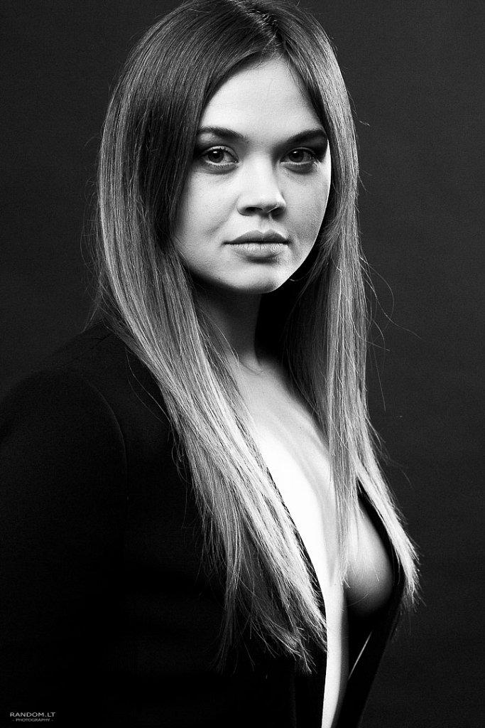 Fotosesija studijoje  2016  asmeninė fotosesija  mergina  sensual  studija  woman  by RANDOM.LT