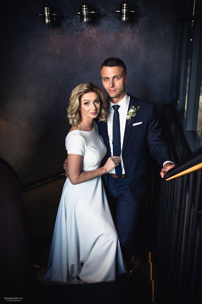 Vestuvinė fotosesija  2017  bizarre  couple  vestuvės  vestuvinė fotosesija  vilnius  wedding  by RANDOM.LT