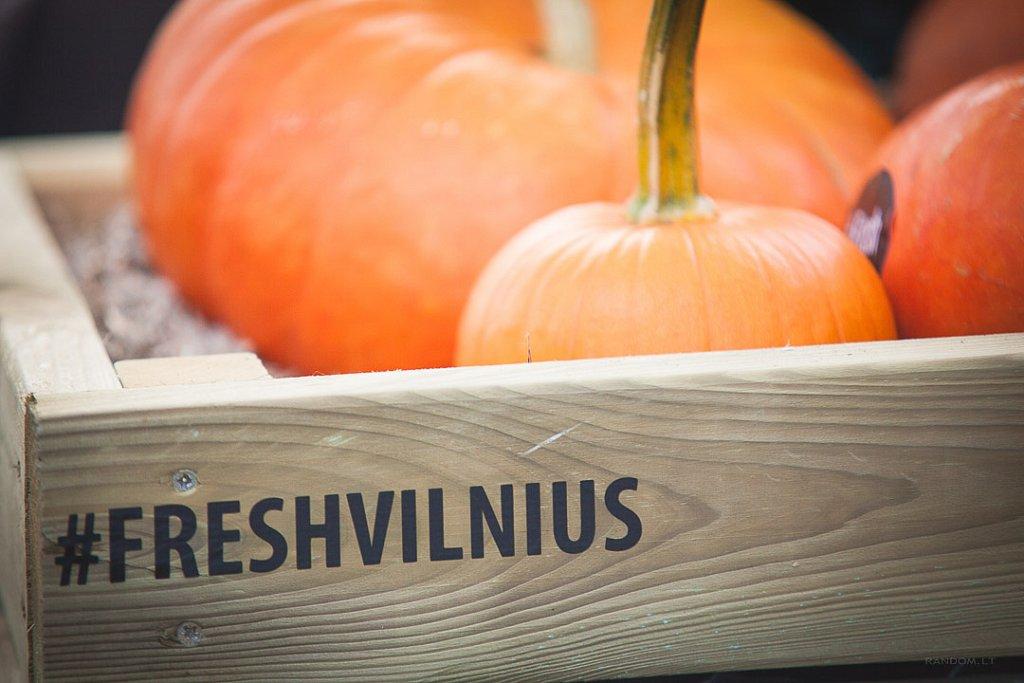 foto@grafas  /  #freshvilnius  freshvilnius samsung stogas vilnius  by RANDOM.LT